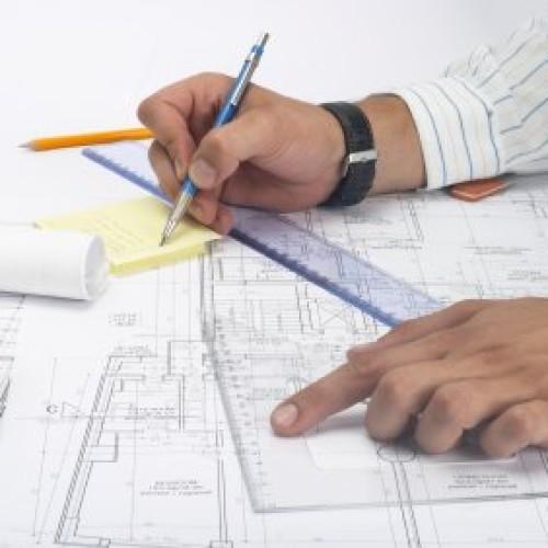 Ile średnio zarabia architekt?