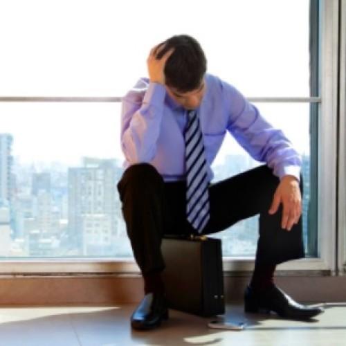 Pracodawca może odwołać pracownika z urlopu wypoczynkowego, ale może to być dla firmy kosztowna decyzja