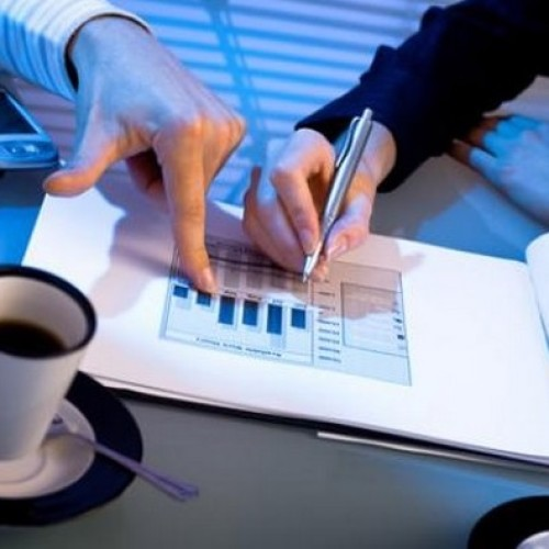 Jak przygotować niedrogą reklamę dla przedsiębiorstwa?