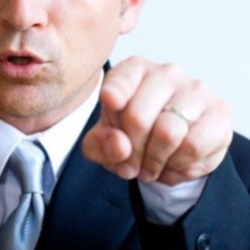 Polscy menadżerowie mają skłonność do nadmiernej krytyki. To podcina skrzydła pracownikom