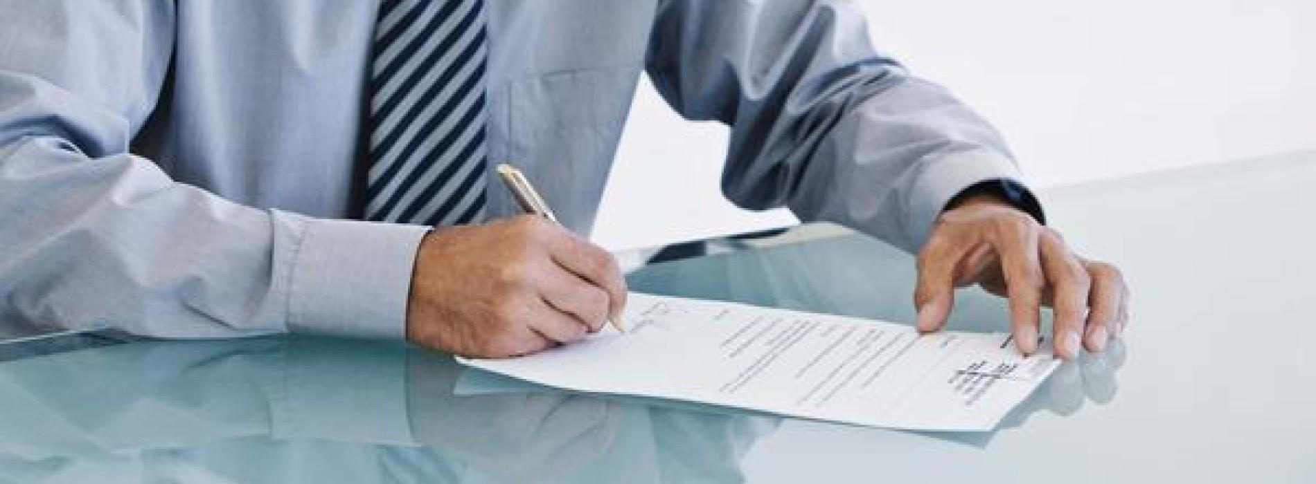 Jakie informacje zamieścić w świadectwie pracy?