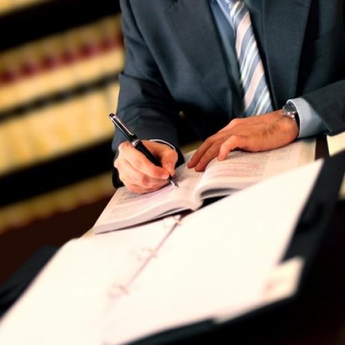 Czy reklama usług notarialnych jest zgodna z prawem?