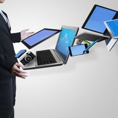 Zmiana prawa ukróciła wyłudzenia VAT w handlu smartfonami i tabletami