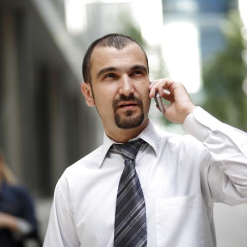 Zaostrza się walka o klienta na rynku telekomunikacyjnym. O wyborze operatora decyduje głównie cena