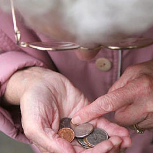 Polscy seniorzy coraz bardziej zadłużeni