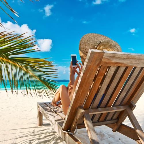 Pracownik nie ma obowiązku odbierania służbowych SMS-ów i e-maili podczas urlopu