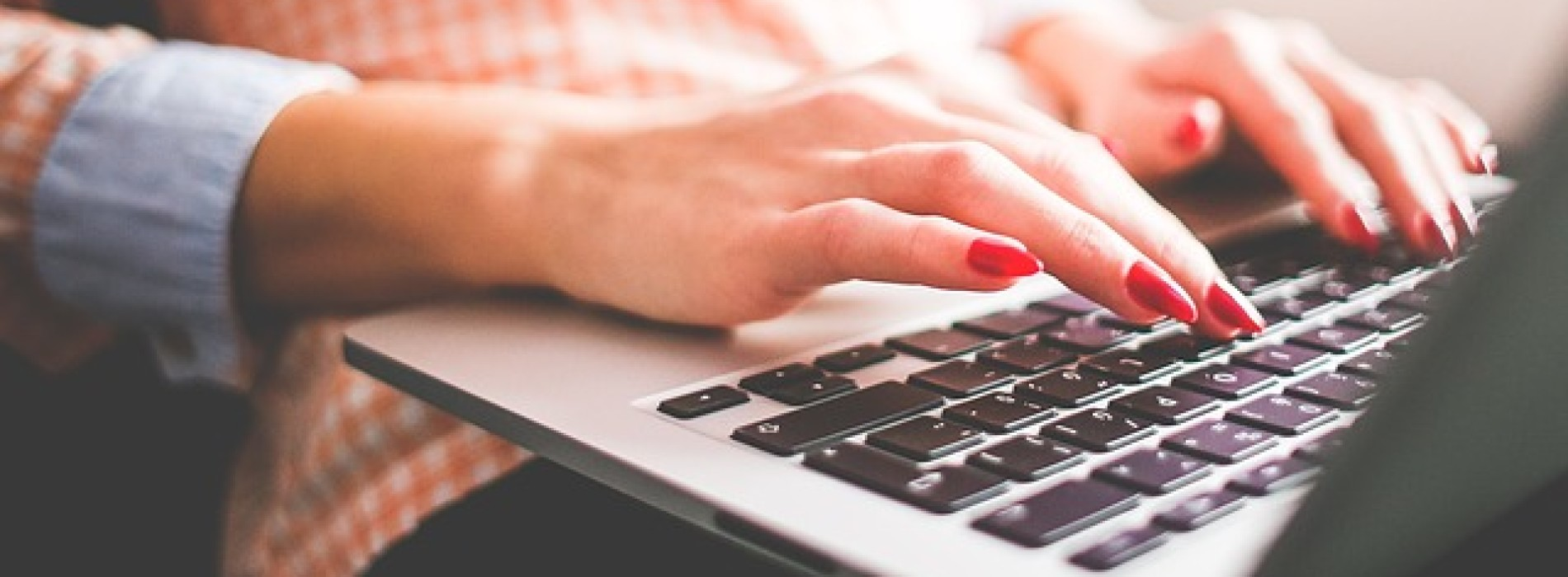 Z Internetu na stół. Dlaczego zamawiamy jedzenie online?