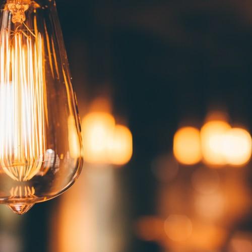 Zmiana dostawcy energii – dobra, ale właściwie dla kogo?