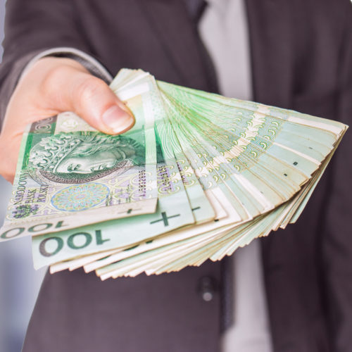 Firmy coraz częściej szukają wsparcia finansowego