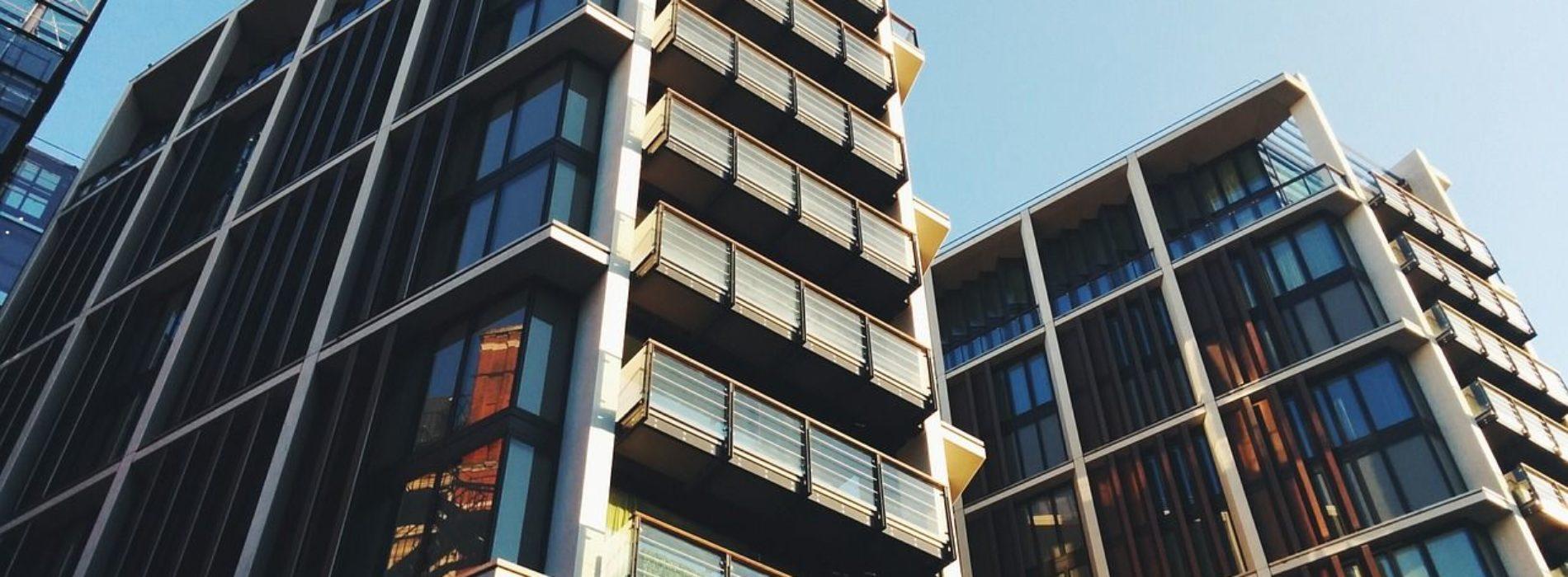 Systemy zabezpieczeń dla firm – co wybrać, by zapewnić najlepszą ochronę?