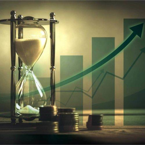 Inwestycja w lokaty czy nieruchomości – co się bardziej opłaca?