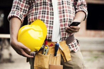 Jak znaleźć idealny telefon do pracy – poradnik