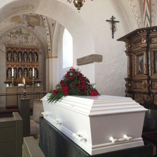 Organizacja pogrzebu – co trzeba wiedzieć?