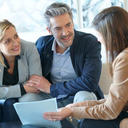 Pośrednicy pożyczkowi – osoby, które pomogą dobrać pożyczki w trudnych sytuacjach finansowych