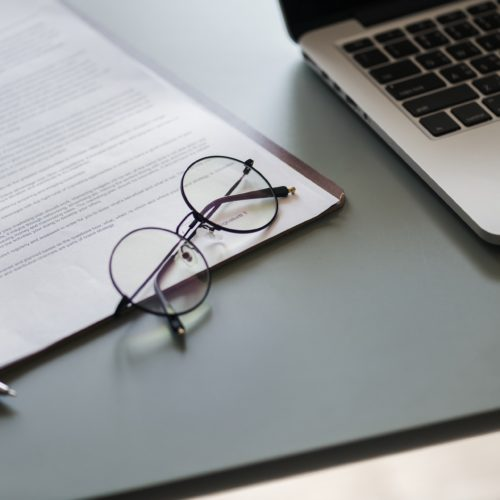 Jakie dokumenty są potrzebne by otrzymać na konto szybką pożyczkę przez Internet?