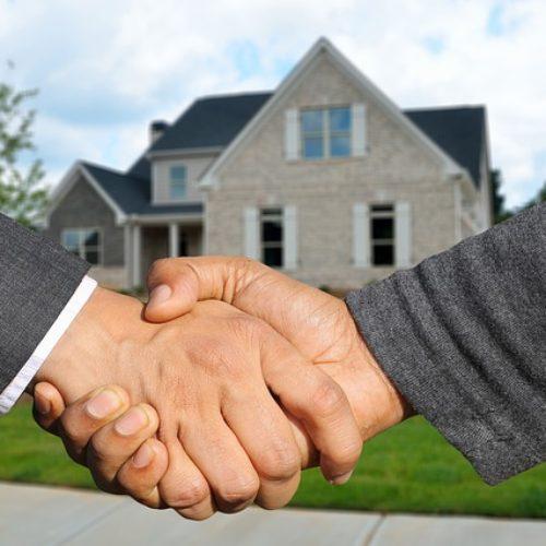 Kiedy warto skorzystać z usług biura nieruchomości?