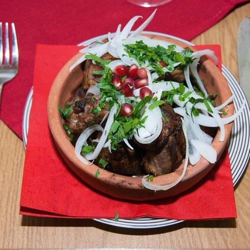 Kuchnia gruzińska – charakterystyka i tradycyjne dania