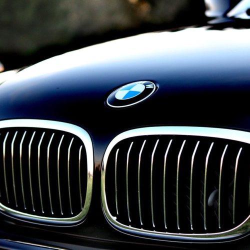 Czy warto wyposażyć firmę w auto klasy premium?