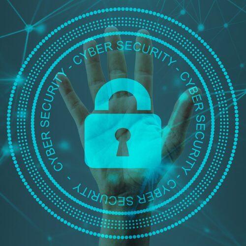 Na rynku brakuje specjalistów od cyberbezpieczeństwa. Liczba wakatów wzrosła przez pandemię i pracę zdalną