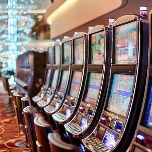 Niemal połowa firm hazardowych na rynku online działa nielegalnie