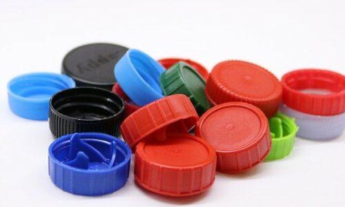 Produkcja elementów plastikowych – jak wybrać najlepszą firmę?